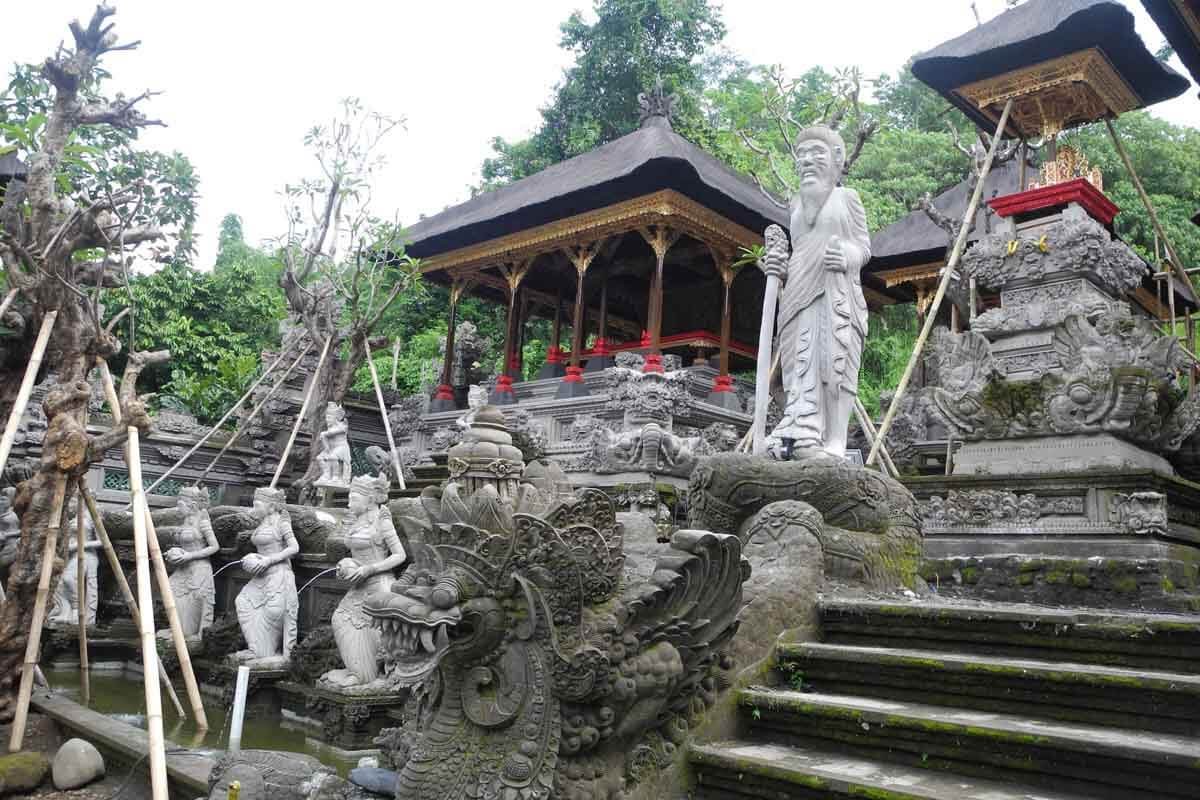 Private Traditional Balinese Cooking Class Garden Tour Gunung Lebah Temple