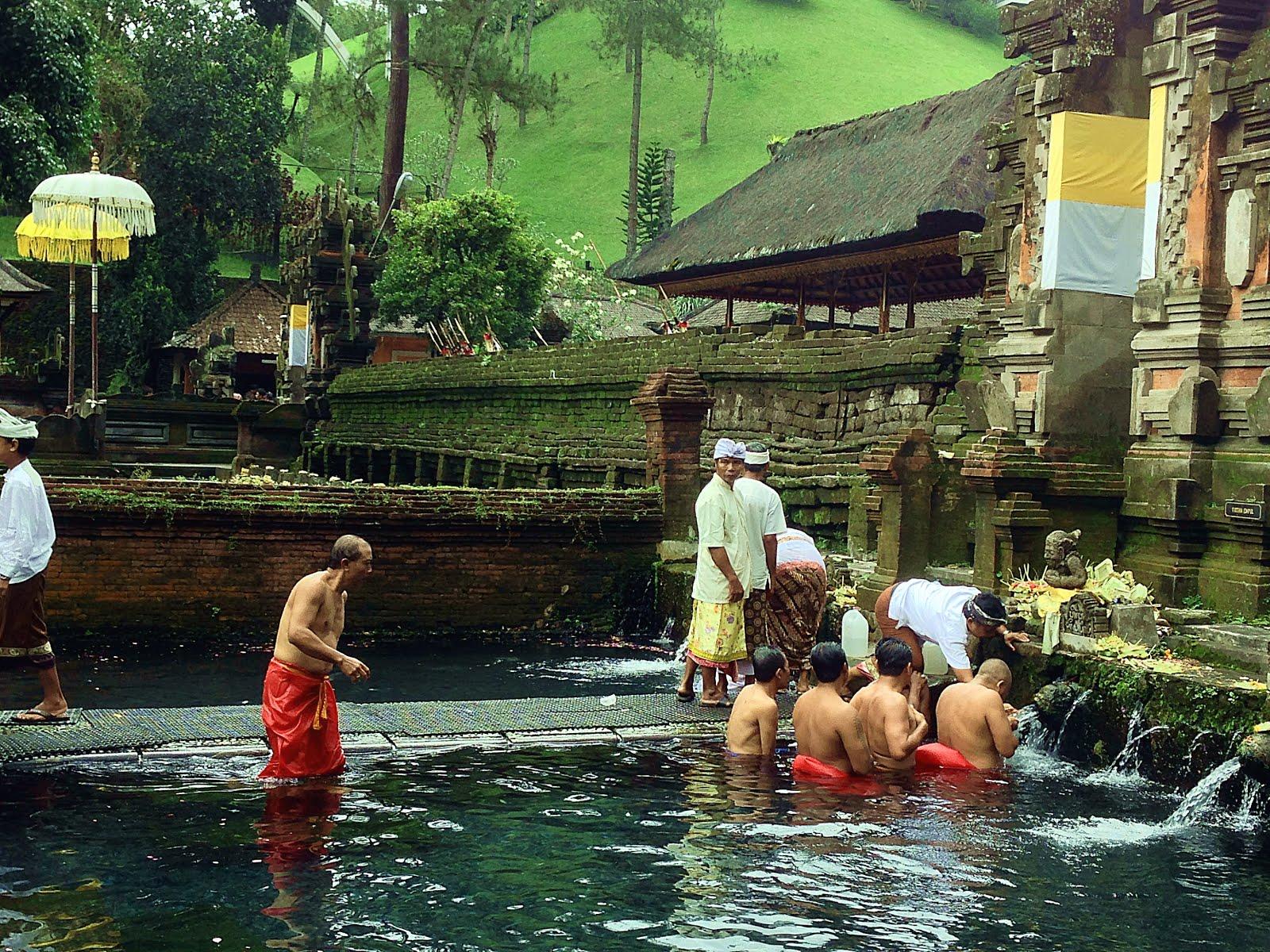 Asia Travel Book 30 List Pura Tirta Empul Gianyar Regencytampak