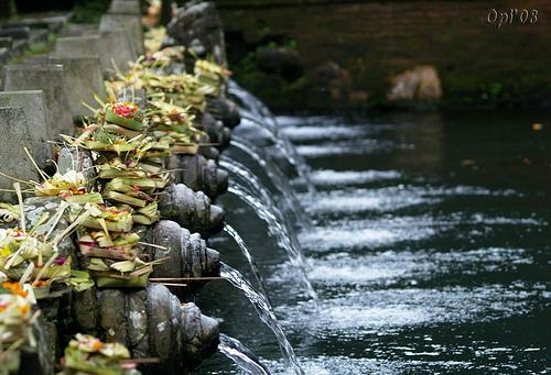 Babad Bali Sejarah Pura Tirta Empul Kab Gianyar