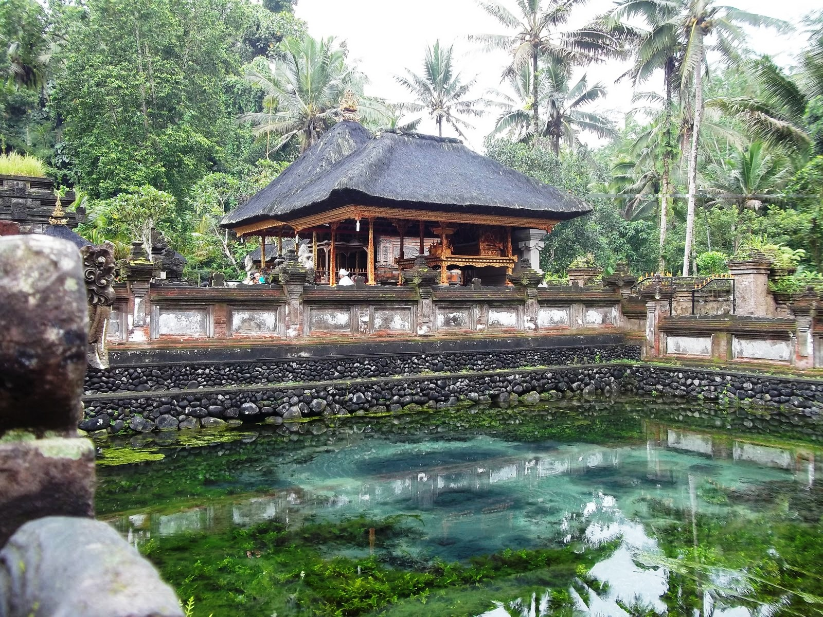 Bali Debbynadia 100 03541 Sejarah Tampak Siring Pura Tirta Empul