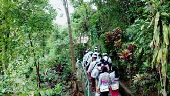 Class Pura Gua Gajah Tirta Empul Dharma Site Blabatuh Kab