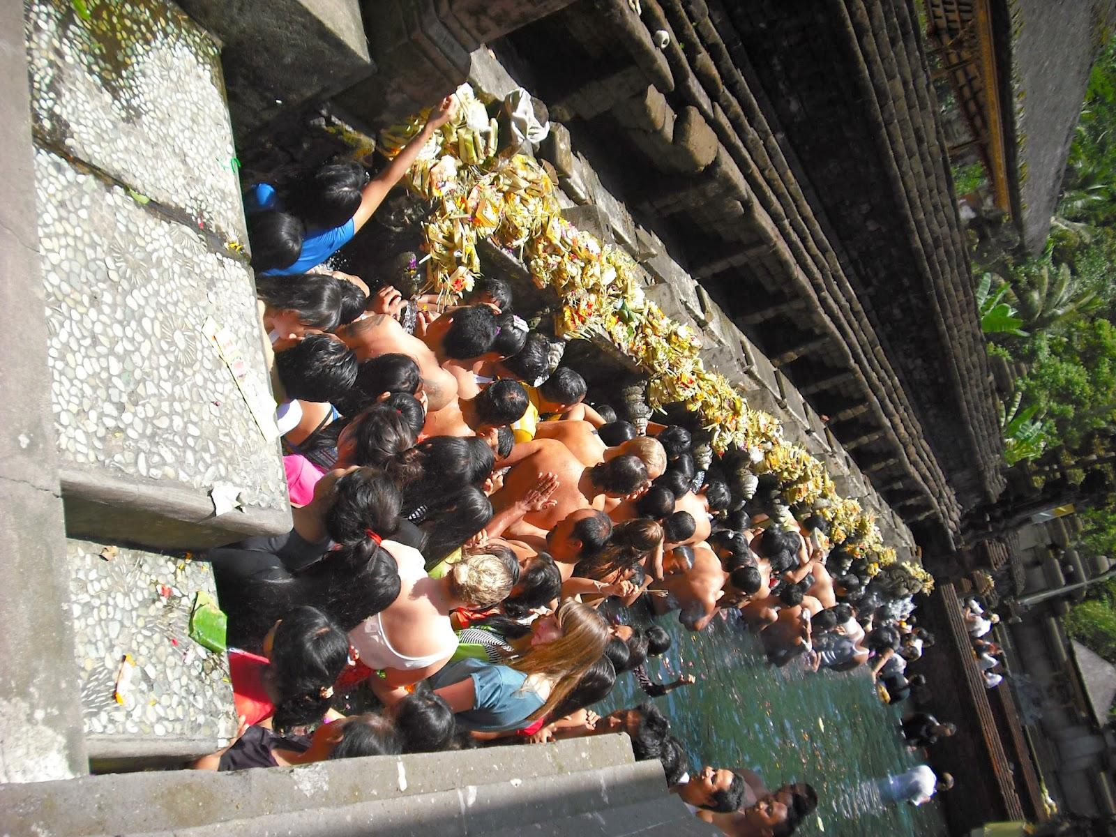 Pura Tirta Empul Tampaksiring Gianyar Tugas Agama Hindu Fungsi Taman