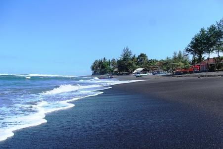 Pantai Cucukan Terletak Gianyar Bali Taman Nusa Kab