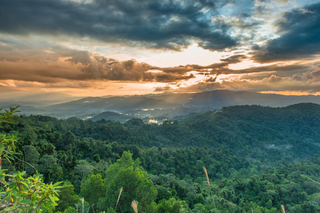 Bukit Layang Kota Gorontalo Direktori Tempat Wisata Menikmati Pemdangan Atas
