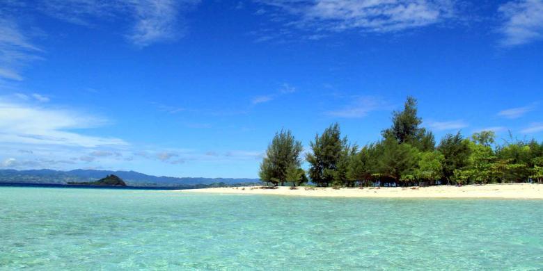 Kabupaten Gorontalo Utara Pulau Saronde Liburan Anti Mainst Pantai Dunu