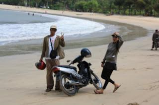 Mbelarah Hamparan Pasir Putih Pantai Dunu Kab Gorontalo Utara