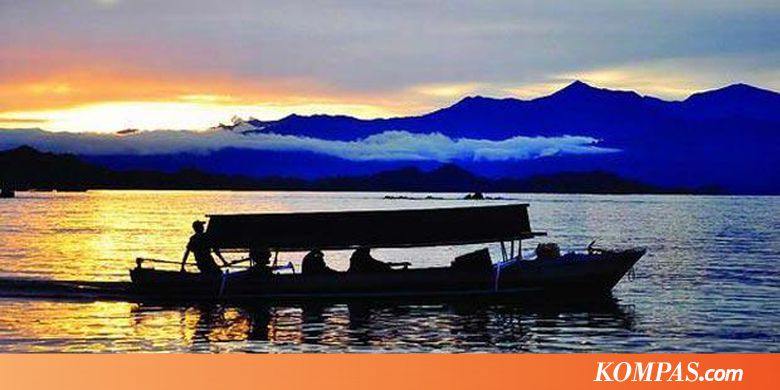 Kemilau Senja Pulau Saronde Kompas Kab Gorontalo Utara