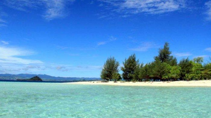 Pulau Saronde Destinasi Gorontalo Utara Penggemar Laut Kuliner Kab