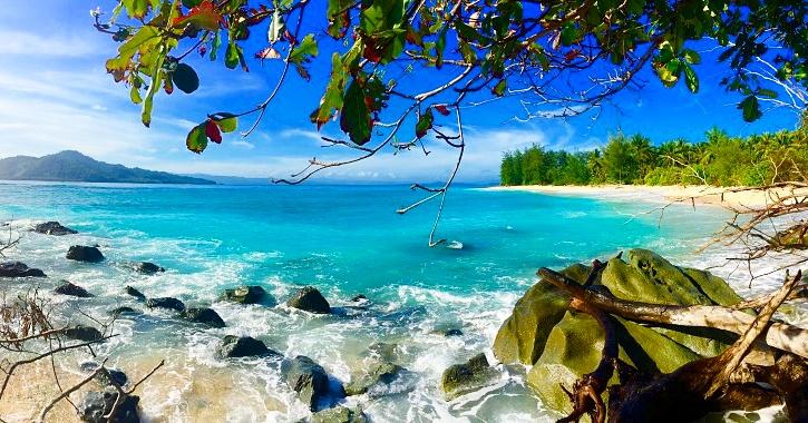 Pulau Saronde Mohinggito Terletak Kabupaten Gorontalo Utara Provinsi Kab
