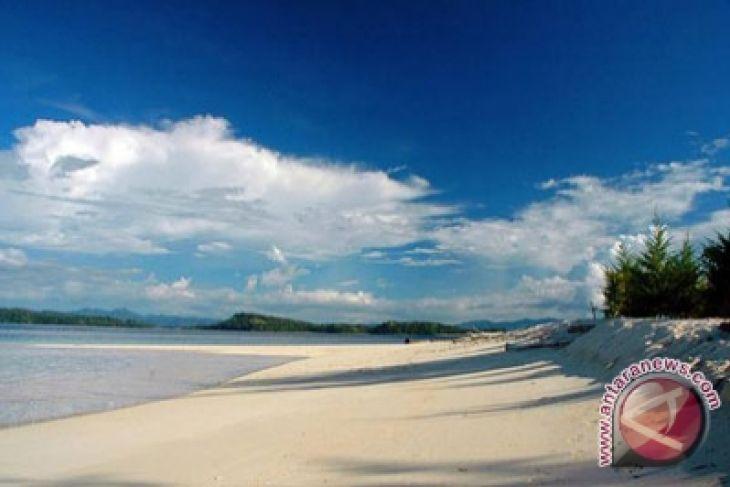 Pulau Saronde Mulai Diminati Wisatawan Mancanegara Antara News Kab Gorontalo
