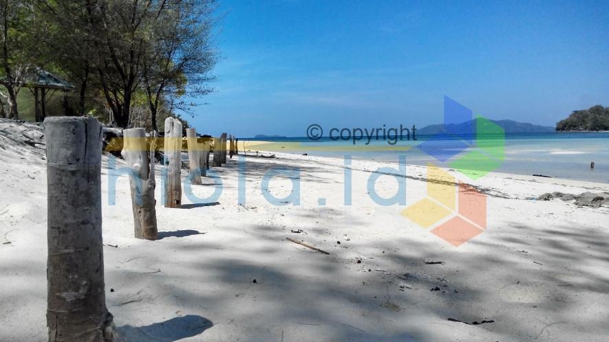 Sembilan Kapal Yacht Berlabuh Pulau Saronde Website Resmi Ilustrasi Kab
