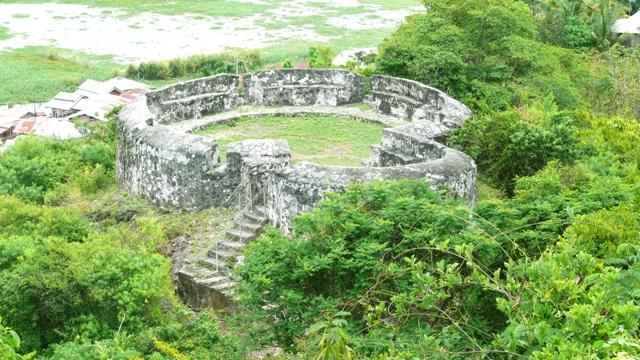Benteng Otanaha Gorontalo Budisusilo 21 Jpg Tampak Kejauhan Senin 8