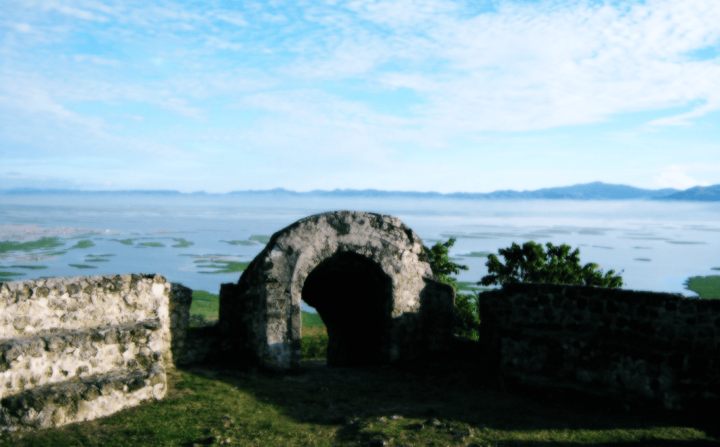 Benteng Otanaha Pesona Gorontalo Header Pariwisata 3 1024x636 Kab