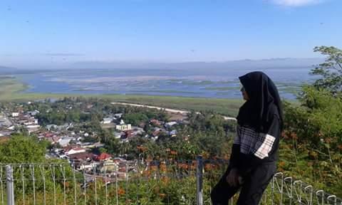 Blog Icko Juliet Benteng Otanaha Atas Bukit Panorama Indah Terhampar