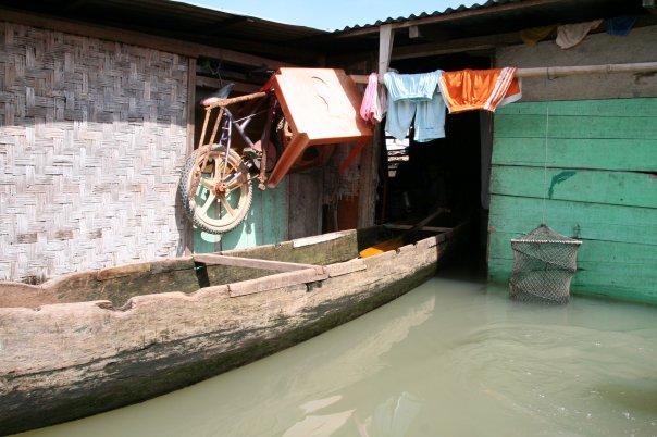 Gorontalo Danau Limboto Benteng Otanaha Bentor Oleh Yustinus Kab