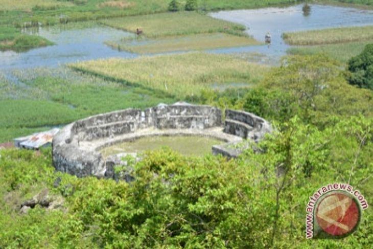 Marthen Lahan Sekitar Benteng Otanaha Agrowisata Antara Kab Gorontalo