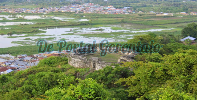 Mengenal Benteng Menjadi Wisata Sejarah Gorontalo Obyek Otanaha Berada Atas