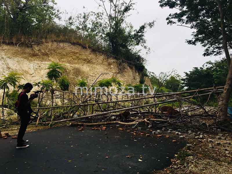 Mimoza Tv Selesai Pembayaran Warga Blokir Jalan Akses Benteng Otanaha