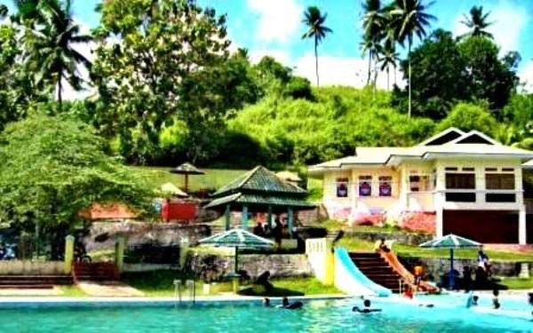 35 Tempat Wisata Gorontalo Terbaru Hits Wajib Dikunjungi Kolam Renang