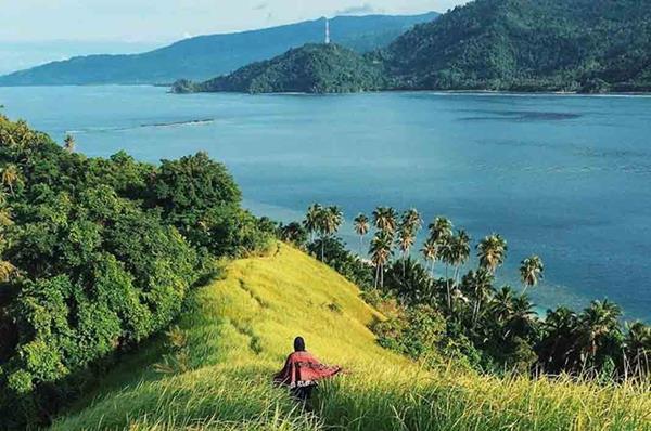 5 Lokasi Wisata Alam Provinsi Gorontalo Wajib Kamu Kunjungi Pulau