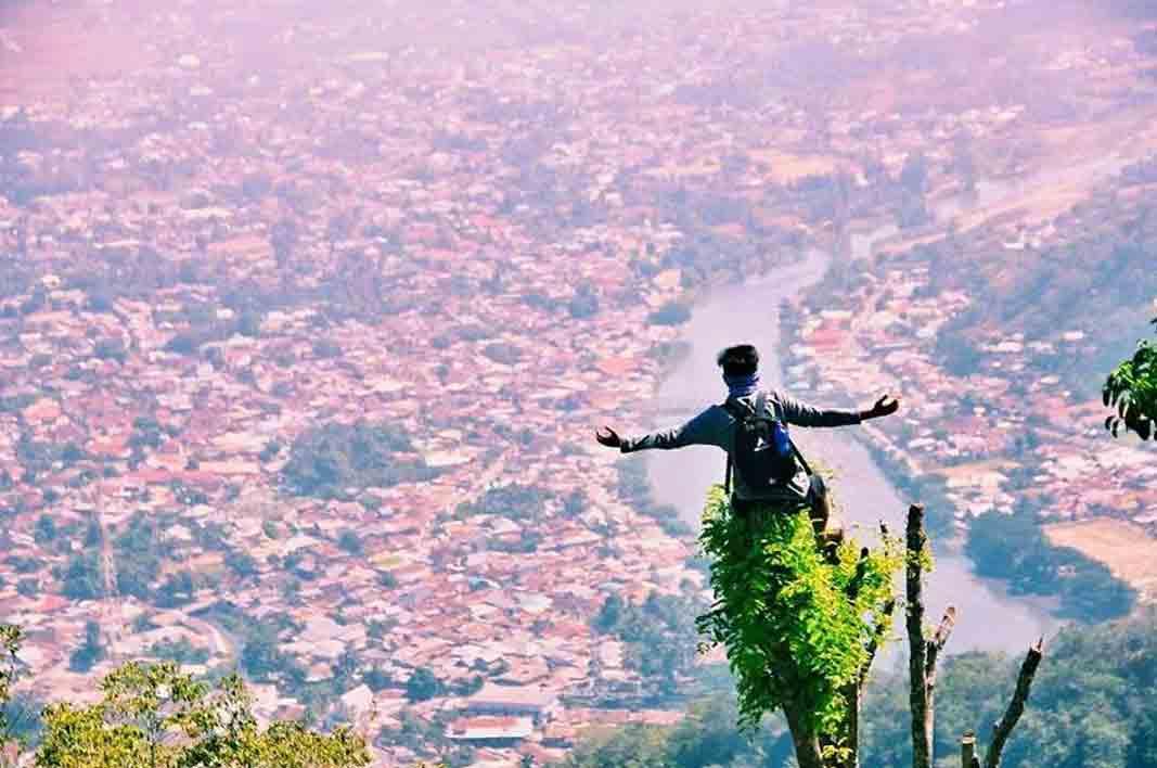 Keliling Nusantara Wisata Propinsi Gorontalo Bukit Layang Desa Religi Bongo