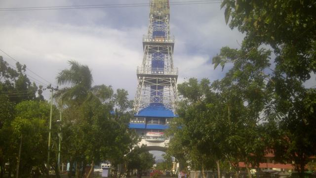 Menara Keagungan Limboto Replika Eiffel Terlupakan Pakaya Tower Kab Gorontalo
