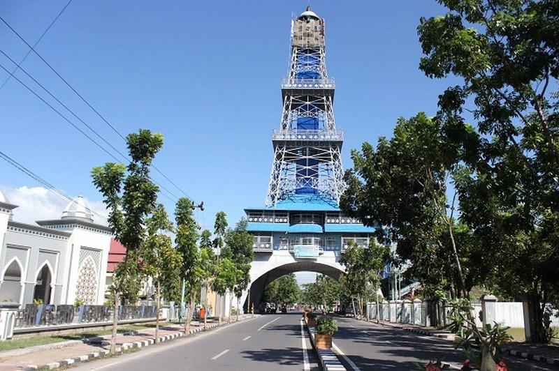 Pesona Wisata Gorontalo Menara Limboto2 Jpg Limboto Pakaya Tower Kab