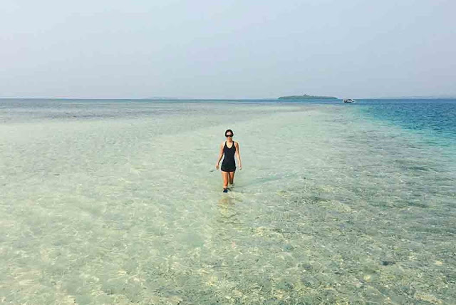 31 Tempat Wisata Gorontalo Wajib Dikunjungi Pantai Tenilo Pasir Putih