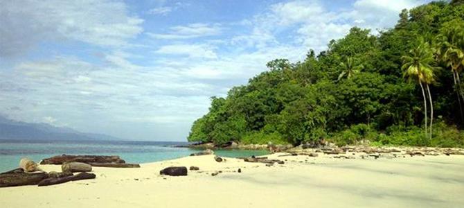 6 Destinasi Wisata Terindah Gorontalo Gogonesia Travel Blog Pantai Karang