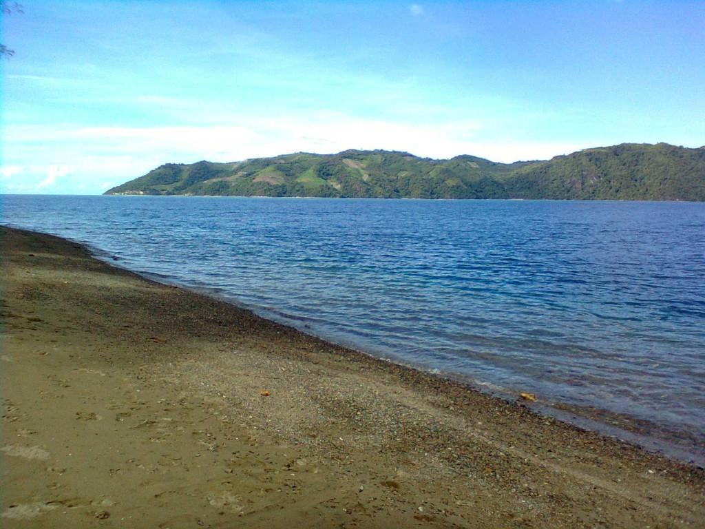 Blogwelcome Tempat Tujuan Wisata Menarik Kota Gorontalo 2 Pantai Pasir