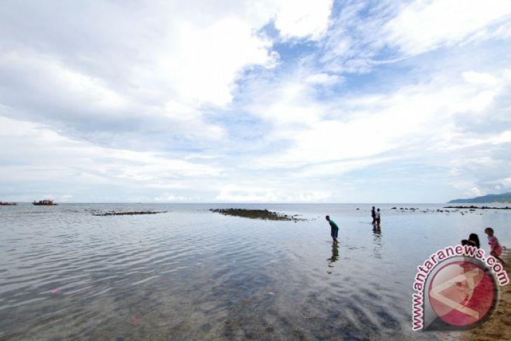 Wisata Pantai Leato Selatan Butuh Fasilitas Penunjang Antara News Pasir