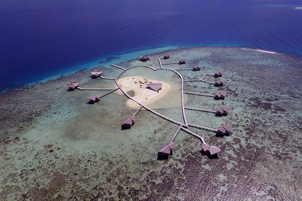 Pulau Cinta Bulan Madu Romantis Gorontalo Teluk Tomini Kab