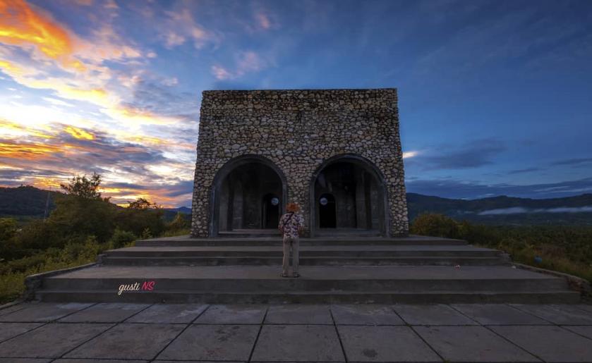 15 Tempat Wisata Gorontalo Terbaru Hits Dikunjungi Benteng Ulanta Rumah