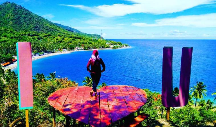 15 Tempat Wisata Gorontalo Terbaru Hits Dikunjungi Rumah Adat Kab