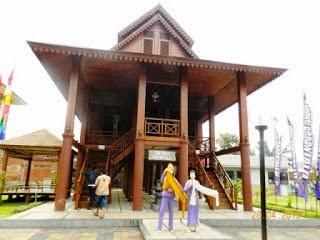 Budaya Gorontalo Colour Indonesia Dulu Rumah Bandayo Pomboide Difungsikan Sebagai