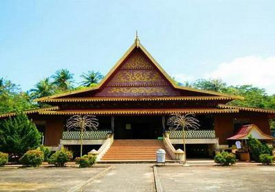 Gaya Unik Rumah Adat Khas Gorontalo Share Loc Wisata Oke
