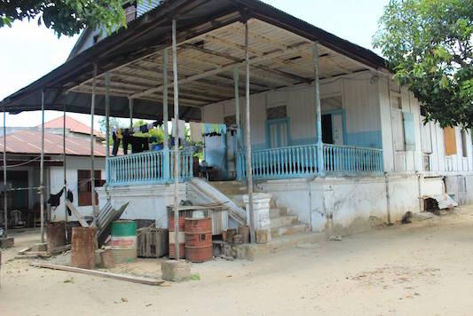 Mempertanyakan Keaslian Rumah Panggung Gorontalo Degorontalo Desa Dunggala Kecamatan Tapa