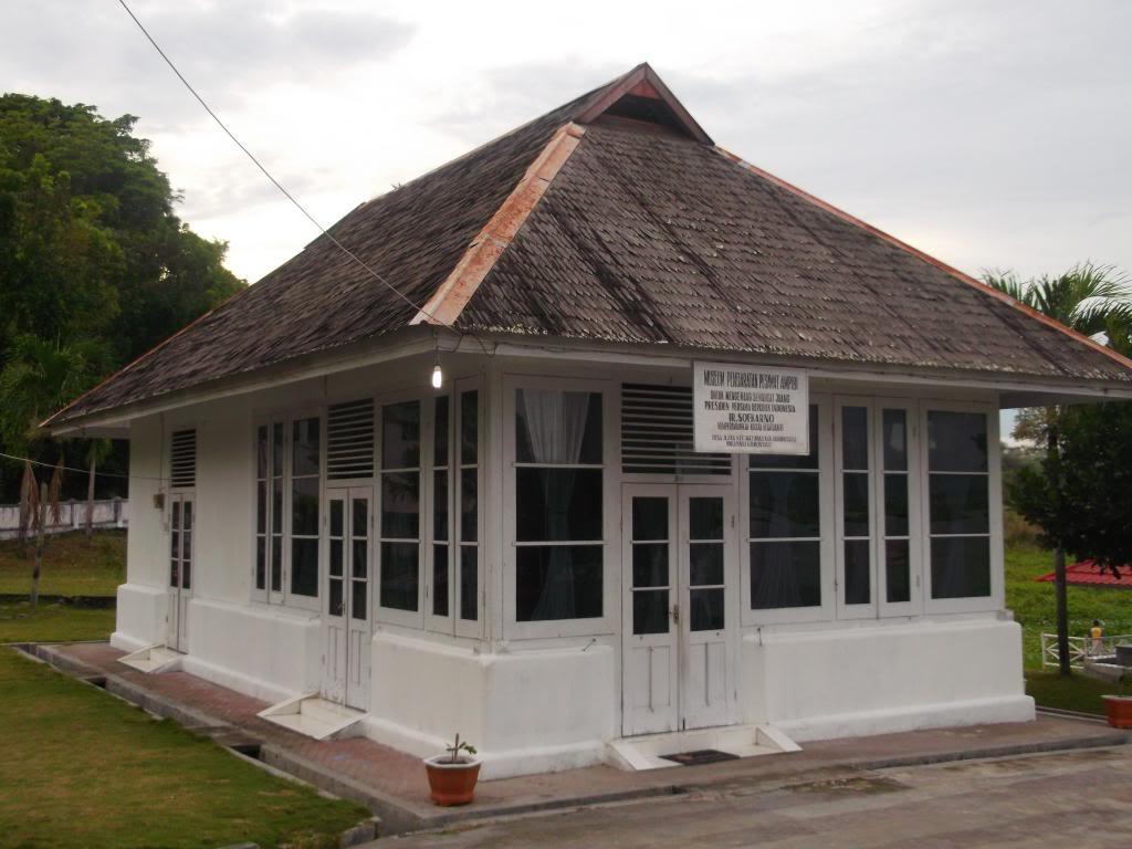 Museum Pendaratan Pesawat Ampibi Soekarno Kekunaan 4 57 Pm Gorontalo