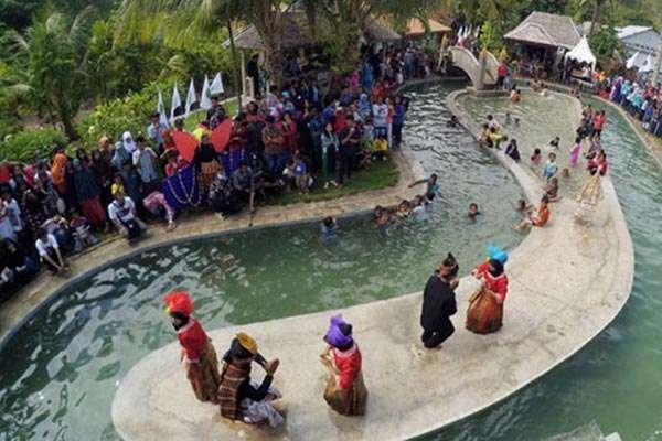 Pum Netherlands Tertarik Kembangkan Objek Wisata Bubohu Gorontalo Rumah Adat