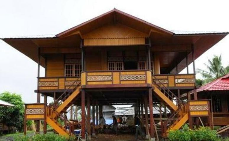 Tempat Wisata Gorontalo Wajib Kunjungi Fjj Rumah Adat Kab