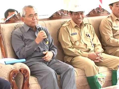Kementerian Pu Menteri Djoko Kirmanto Tinjau Bendung Gerak Sembayat Kab