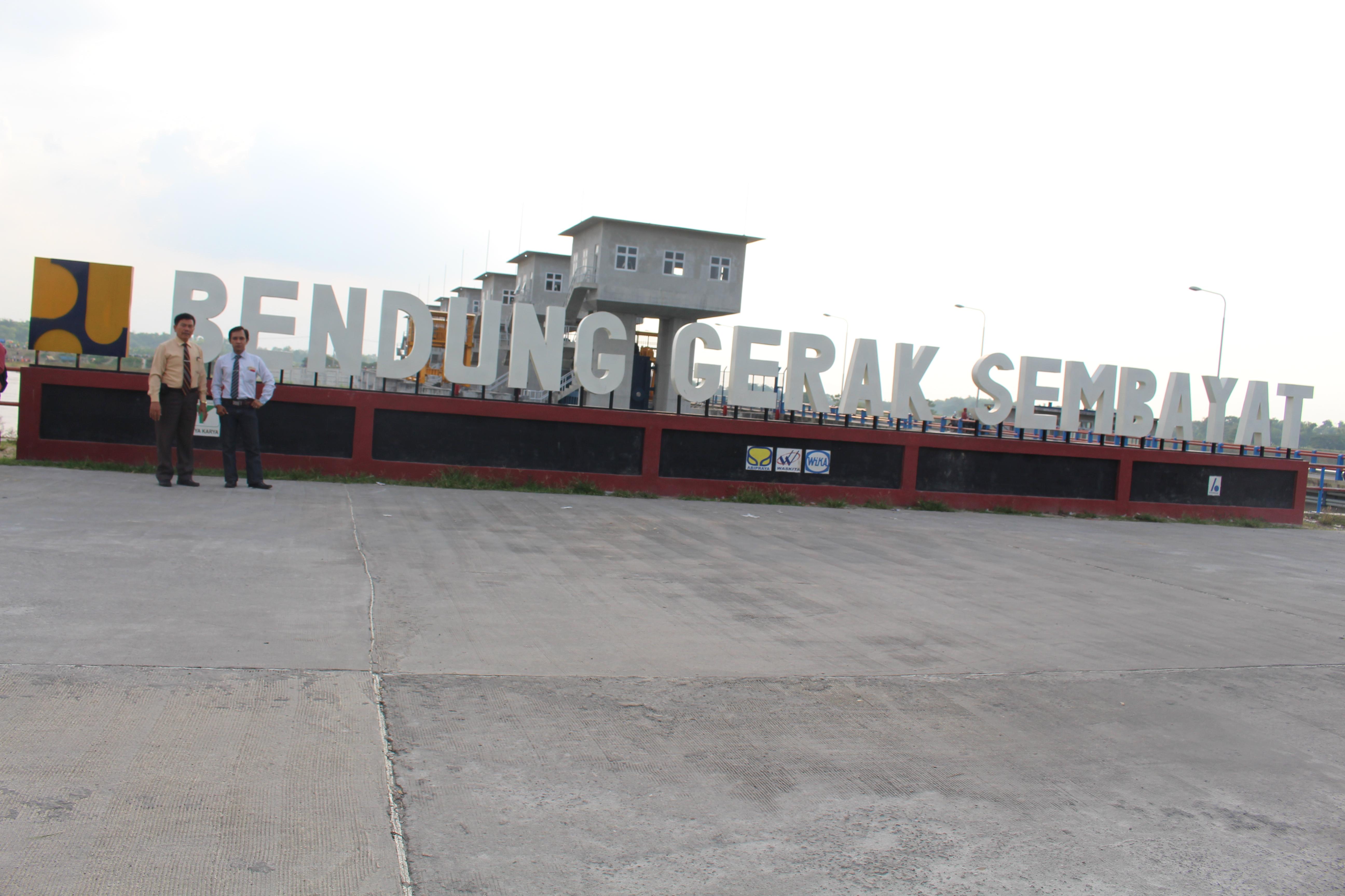Korban Pembangunan Bendung Gerak Sembayat Tanahku Ambil Tapi Surabaya Warnakota