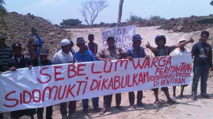 Tak Diberi Kompensasi Warga Tutup Proyek Bendung Gerak Sembayat Surya