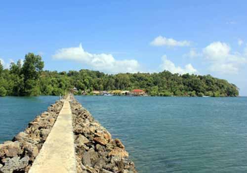 5 Obyek Wisata Gresik Patut Dikunjungi Pulau Gili Bukit Awan