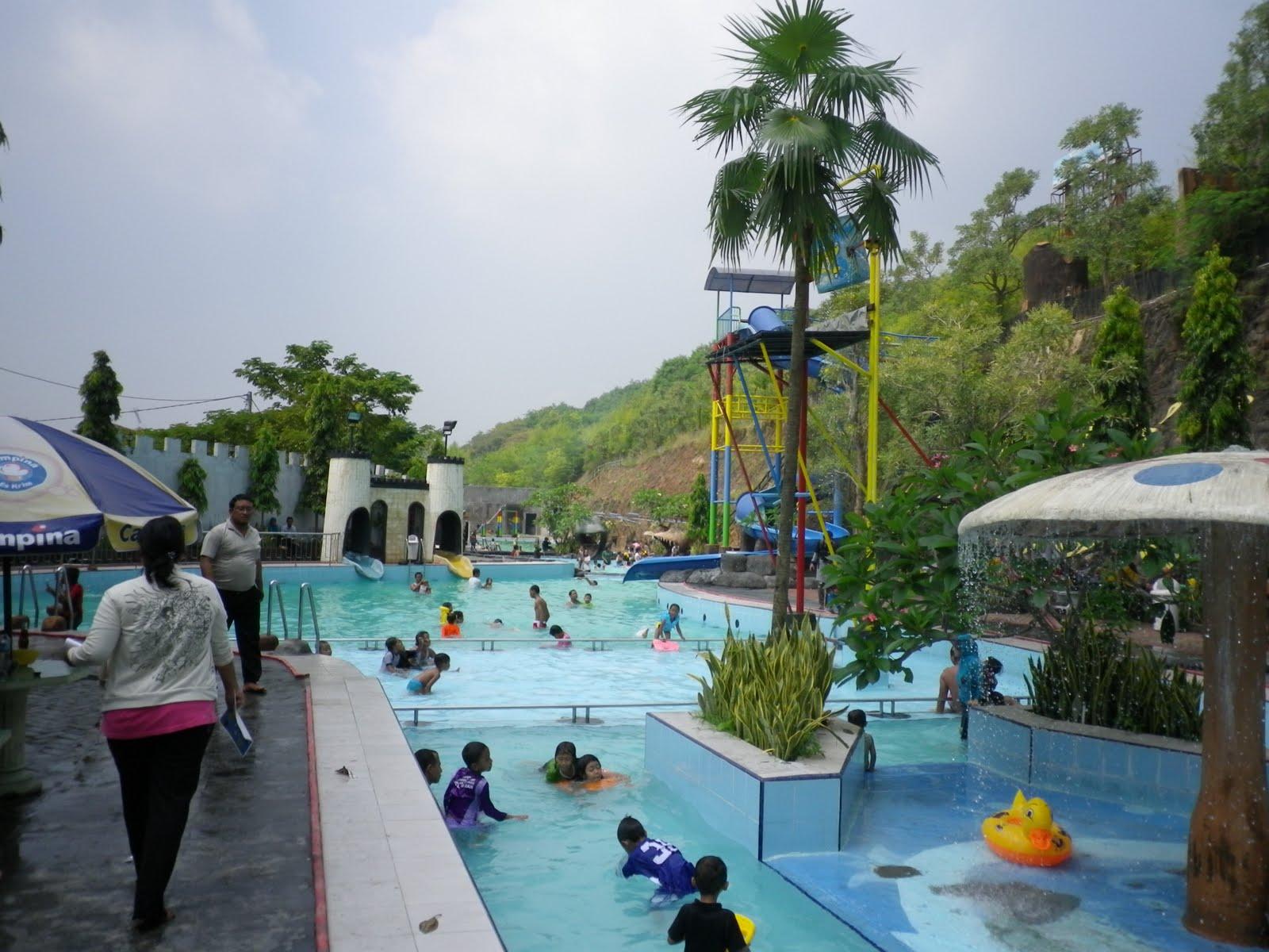 Wahana Rekreasi Wisata Bukit Awan Waterpark Gresik Harga Tiket Kab