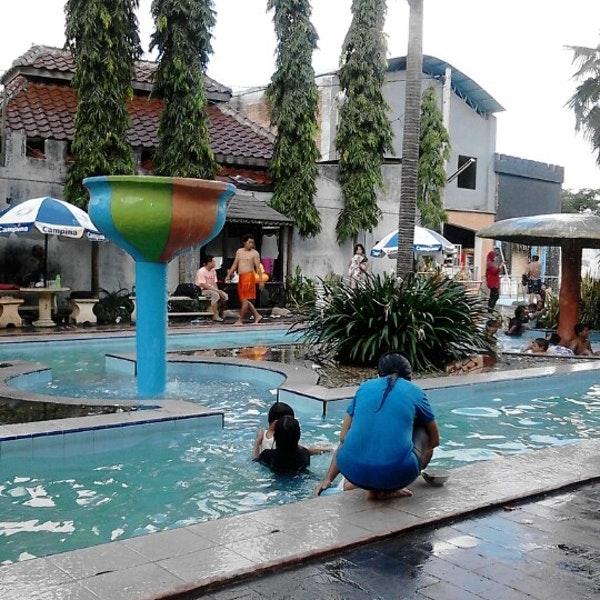 Waterpark Bukit Awan Brai Gresik Pool Kab