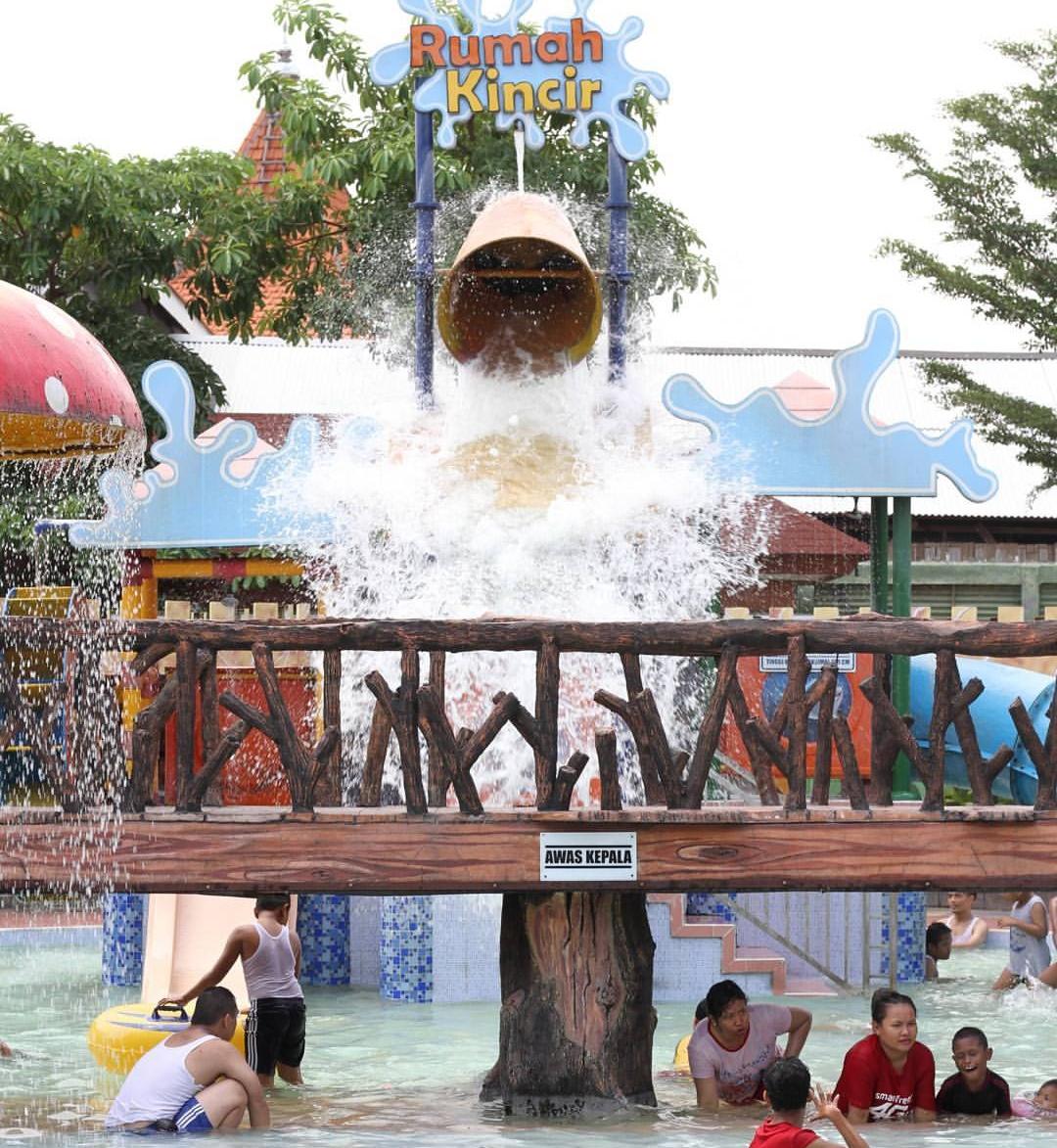 Harga Tiket Masuk Dynasty Water World Gresik Terbaru 2018 Alamat