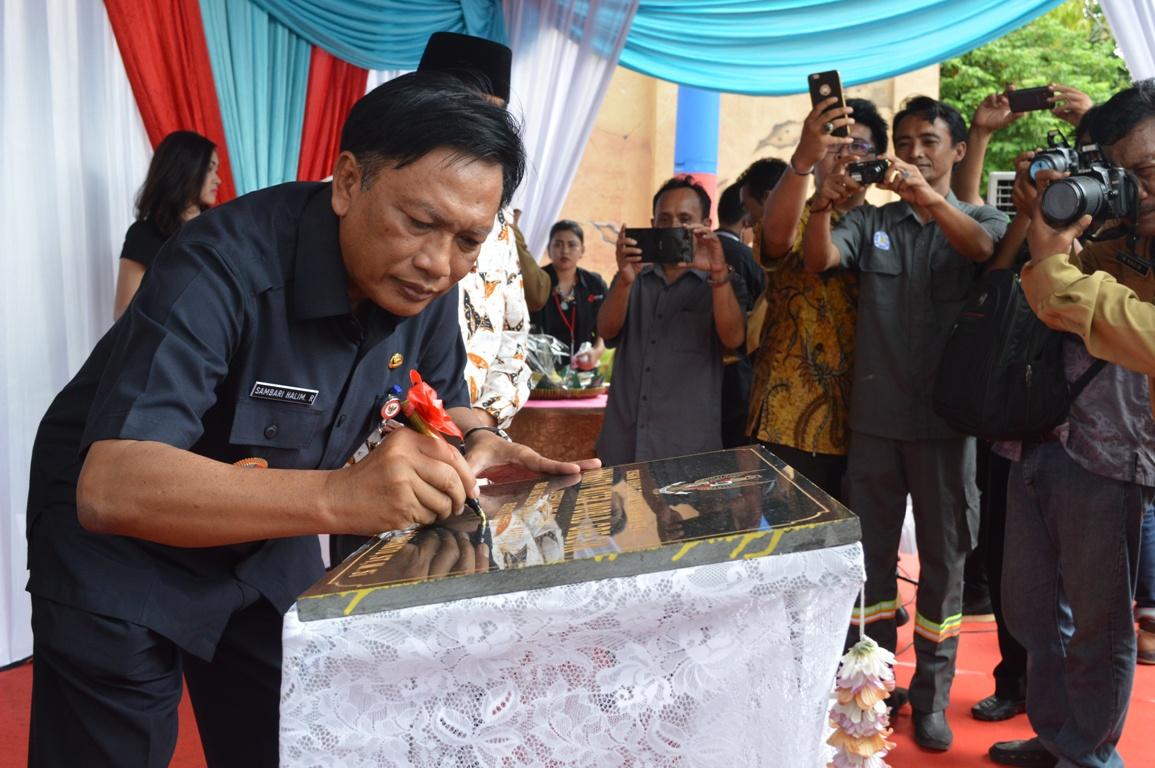 Pemerintah Kabupaten Gresik Dynasty Water World Wahana Terbesar Beroperasi Kab