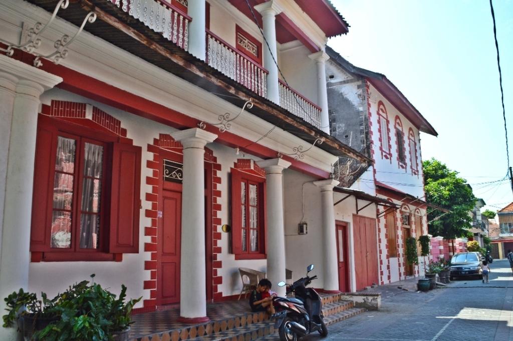Gresik Kota Part 1 Eyes Lens 0 Comments Kampung Kemasan