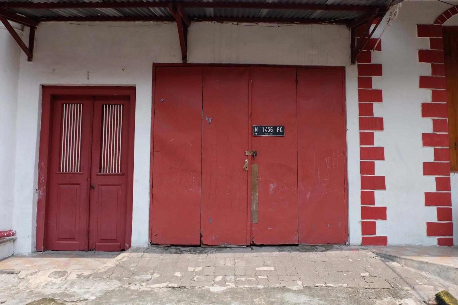 Kampung Kemasan Gresik Rekomendasi Spot Fotografer Salah Satu Rumah Menjadi